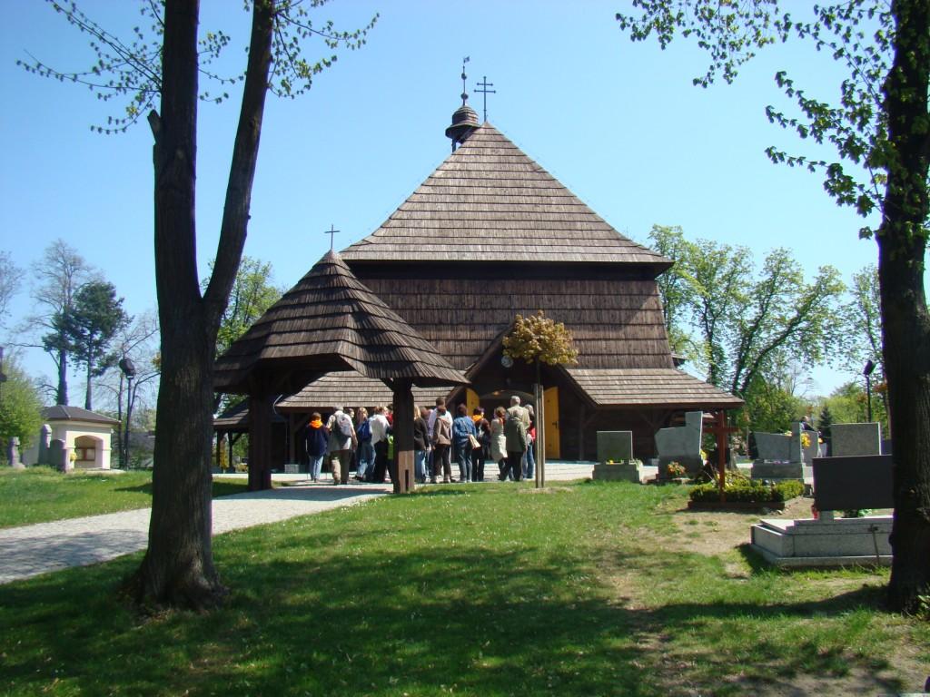 kościół drewniany w Czarnowąsach
