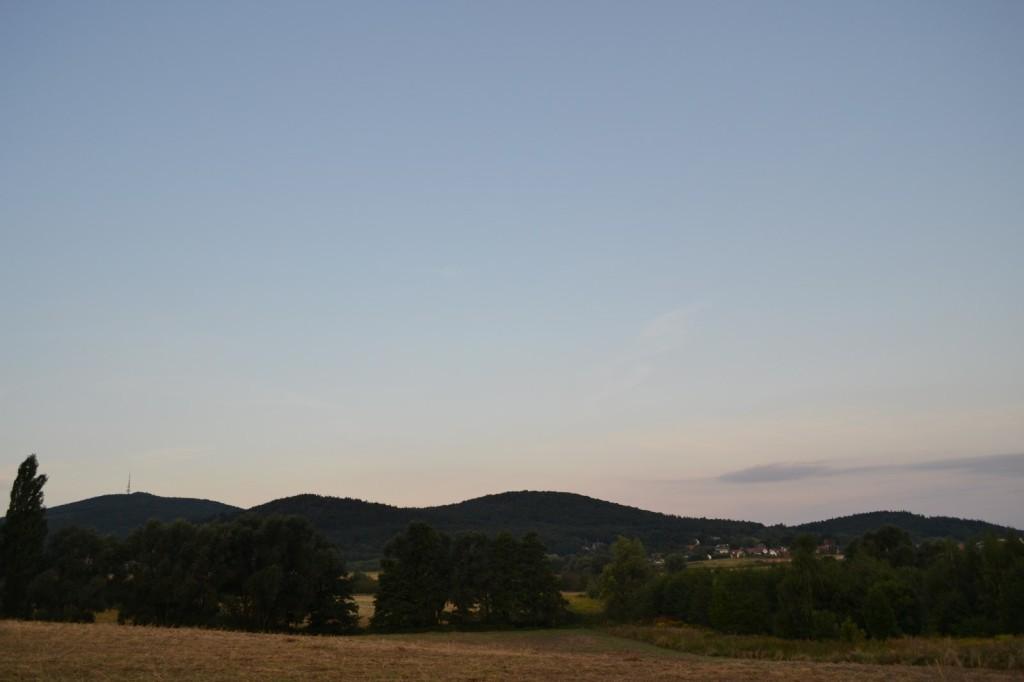 Ślęża i inne góry w okolicy