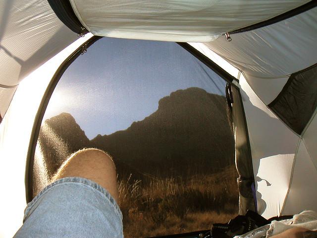 spanie w namiocie na camino